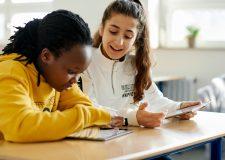 Língua universal: iPad ajuda escolas a integrar imigrantes