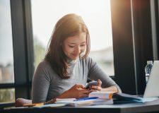App escolar permite que aluno tire dúvidas com universitários